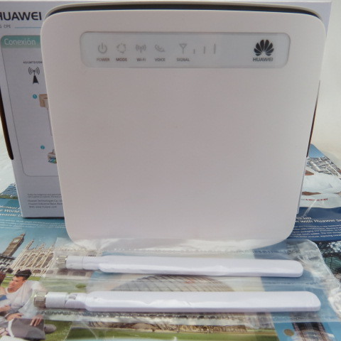 Huawei E5186S-61A LTE-Advance Router