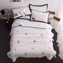 Bed Cover Bulu Sutra Cotton / Tanpa sprei hanya bed cover / Free Shipping Jabodetabek