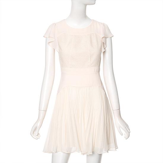 ラインのしわポイントレースワンピースNWOPFE02 面ワンピース/ 韓国ファッション