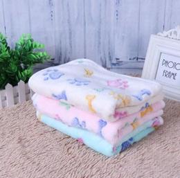 Warm Pet Blanket Dog Cat Sleep Mat Soft Coral Velvet Dog Bone Paw Print Pet Bed Mats Puppy Cushion f