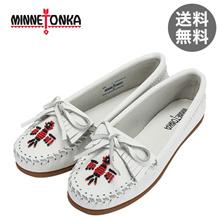 Minnetonka Minnetonka Moccasin Thunderbird 2 Leather White 604 Slippers THUNDERBIRD II Women's Flat Shoes Slip