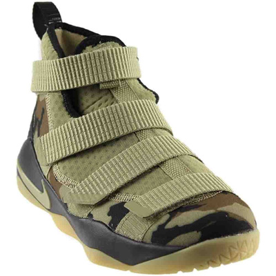 new product c7a63 79e9d NIKE Kids Grade School Lebron Soldier XI Basketball Shoes