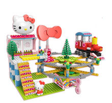 Cute Hello Kitty Express Building Block with Wind-Up Music Box [ Toys / Birthday Gift / Present ]