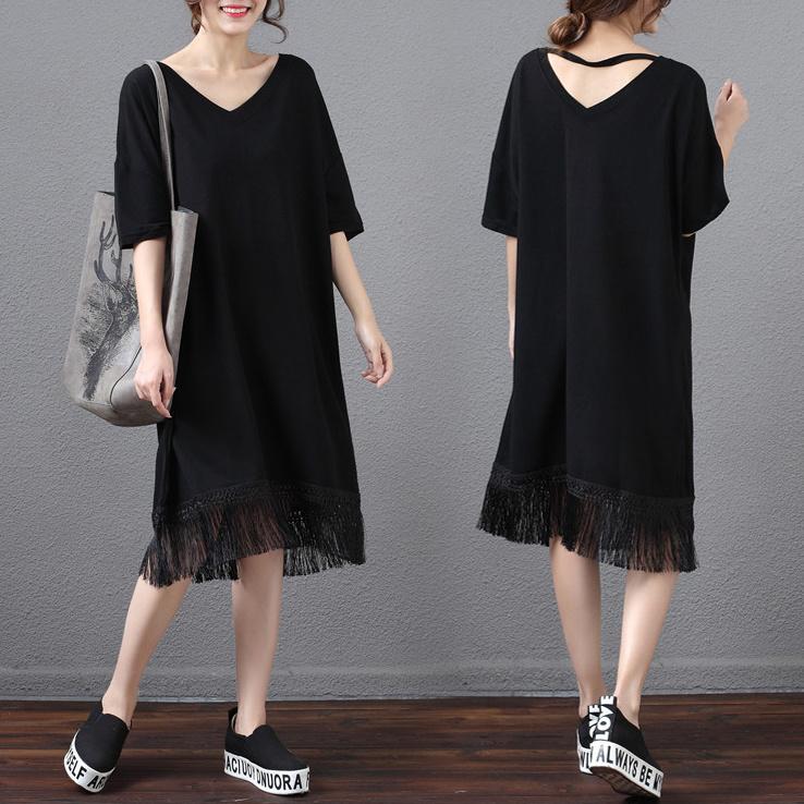 大きいサイズ ゆったり前後Vネックワンピース 裾タッセル付き 半袖 ミモレ丈 シンプル