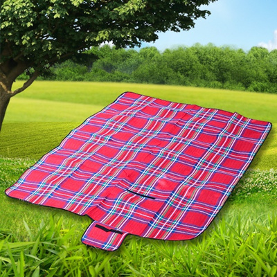 Foldable Large Picnic Blanket BBQ Beach Flower viewing Travel easy and convenient Beach Mat Waterproof Backing Sandproof Outdoor Picnic Rug Mat with Handle 145 x 180 cm Red stripe for Camping