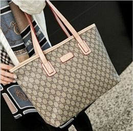 The new European and American fashion casual handbag big printing portable shoulder bag big bag Miss