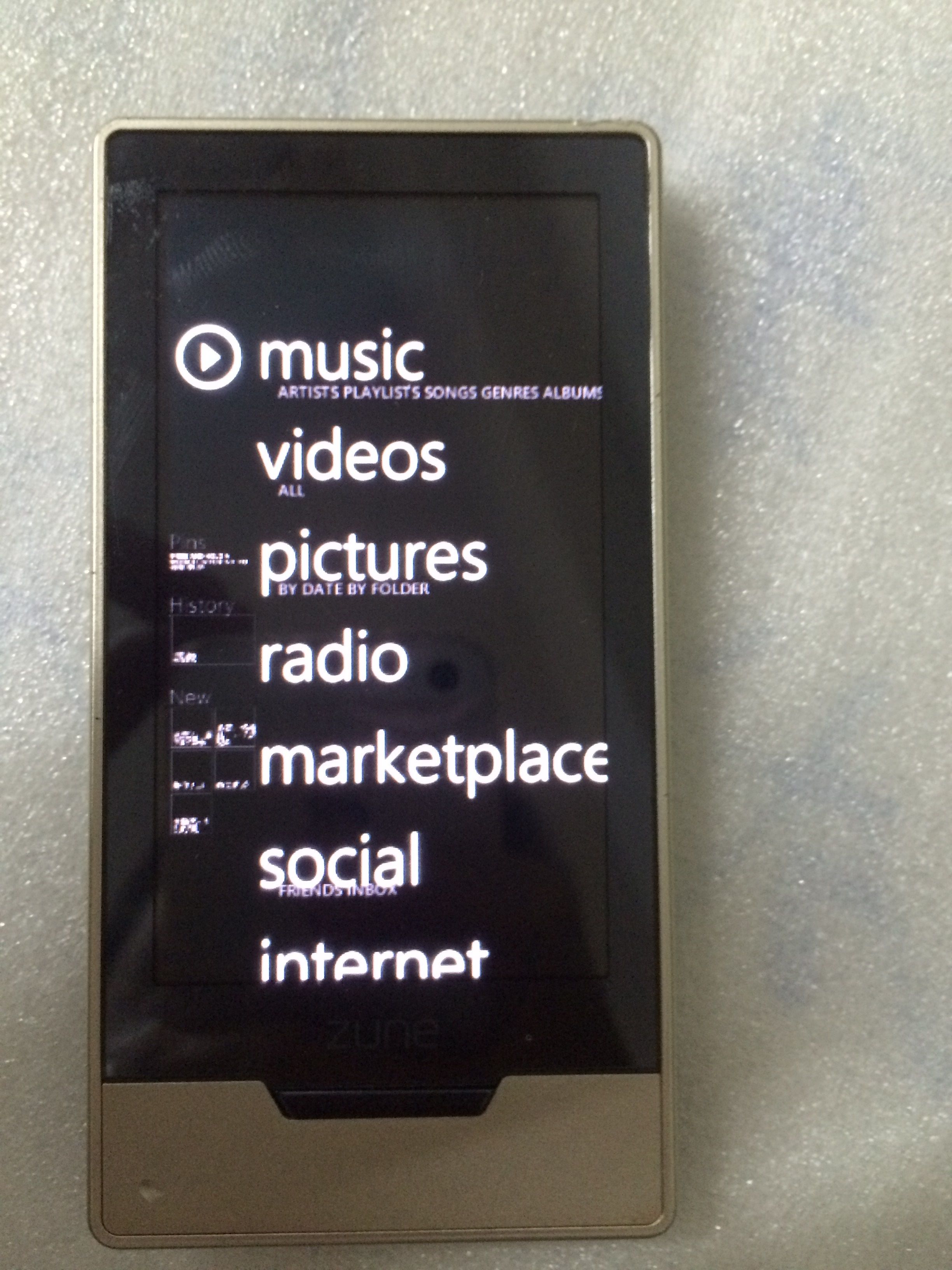 Authentic HIFI music player Microsoft ZUNE HD16G 32G lossless sound quality  MP3 mp4
