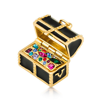 Disney Couture 14K gold Treasure Chest Pendant