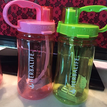 Herbalife products new Taiwan space moving water in the glass cup with scale with the eyedropper bot