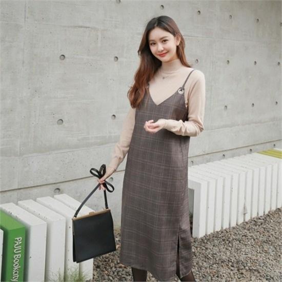 スタイルベリー行き来するようにスタイルベリーアイレットパンチングビュスチェチェックワンピース 塔/袖なしのワンピース/ 韓国ファッション