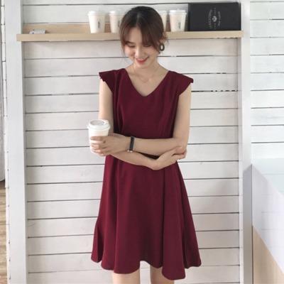 韓国風 ワンピース  女 夏 着やせ 着やせ アンティーク調 単一色 ノースリーブ Vネ