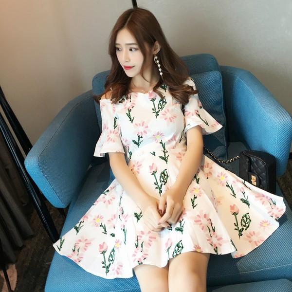 【送料無料】レディース ワンピース 半袖 ショート 花柄 肩紐 カジュアル 2017 新作