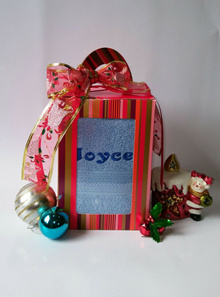 Personalised Christmas Towel/Xmas/Gift/Bestseller/ideas/Design gift bag/towel/