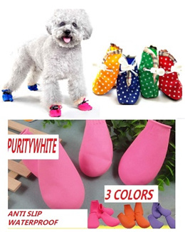 Instock! Dog cat pet shoe socks sock shoes. Good for rainy days and protect pets paws for walks. 3 colours / Easy wear easy to learn and wash material. Anti-slip. pets cats dogs