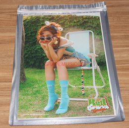 RED VELVET THE RED SUMMER SMTOWN COEX Artium SUM GOODS SEULGI A4 SIZE PHOTO NEW