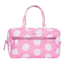 ★Cath Kidston★100%Authentic/Genuine QUILTED LARGE COSMETIC BAG W/HANDLES POLYESTER BIG SPOT PINK CK-AC415682 /pouch / Cath Kidston / bag / bag / [free shipping]