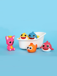 [Pink Pong] 5 kinds of squirt from Baby shark family bath