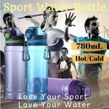 *Bestseller* 780ml Large Capacity Sport Water Bottle can stand hot and cold water/Leak Proof
