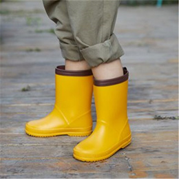 store Japanese children s rains hoes skid-proof boys and girls shoes baby s rain Rubber Boots cartoo