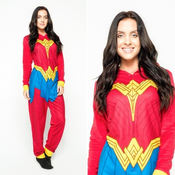 Adult Onesiesレディース/ユニセックスマーベルワンダーウーマンフットパジャマワンピースPJ Sleepwear Halloween Cost