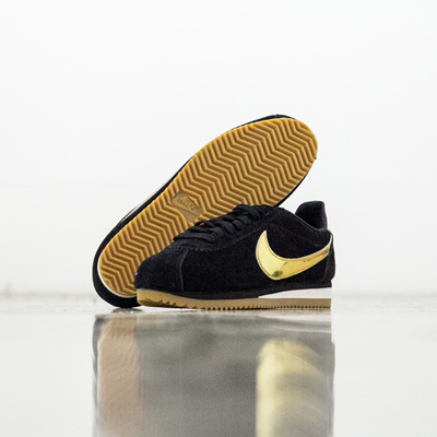 Qoo10 -  902856-014  W NIKE CORTEZ SE   Shoes 730668179