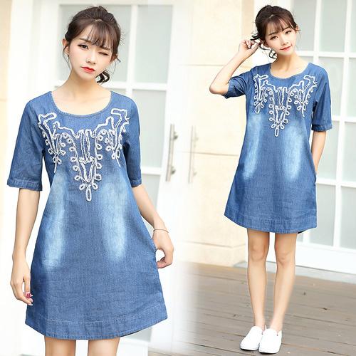 韓国はファッションがゆったりとしてゆったりと大きい碼のワンピースのA字のスカートが流行します