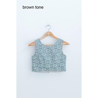 32. sleeveless motif crop top - brown tone - free