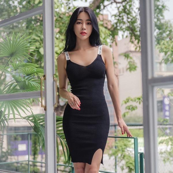 ベジェルリレタリングニット・ワンピースnew ミニワンピース/ワンピース/韓国ファッション
