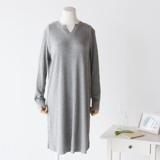 ピグメントスラプゴルジワンピースA17081702 面ワンピース/ 韓国ファッション