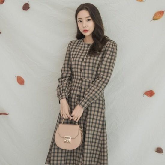 ホワイト・フォックスパフ小売フレアチェックワンピース 綿ワンピース/ 韓国ファッション