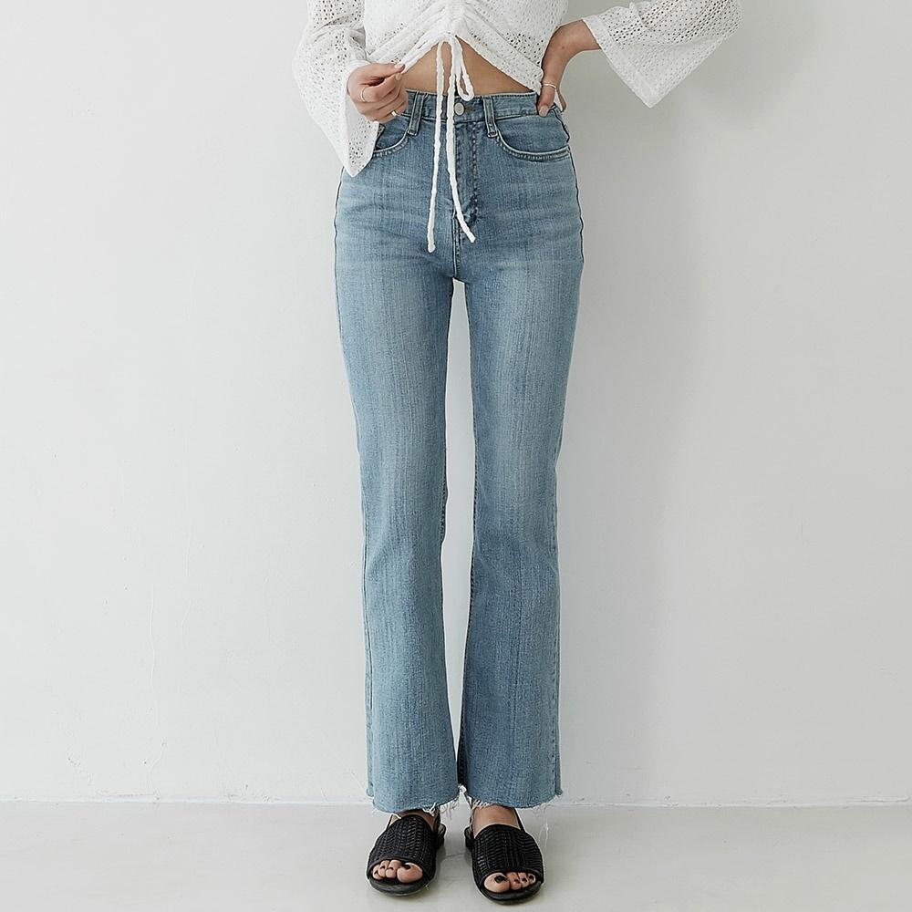 [ROCOSIX官方旗艦店] 顯瘦喇叭牛仔褲
