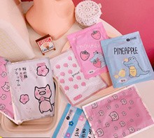 10pcs / winter self-heating / warm baby stickers / cute crocodile pig / flower / body warm palace / warm body warm foot stickers / cold and warm