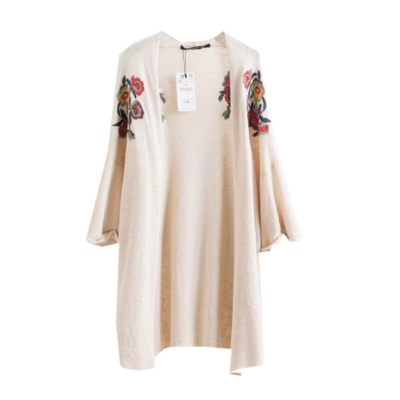 欧米の大物2017と秋の新型女史ししゅう刺繍和服ニットに長いコート