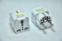 Mika 606 Universal Electrical Travel Adaptor