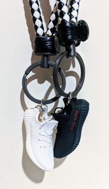 Keychain Set | 3D Detailed Crafts Miniature | NMD / YEEZY + Box + Paperbag + Chain Strap