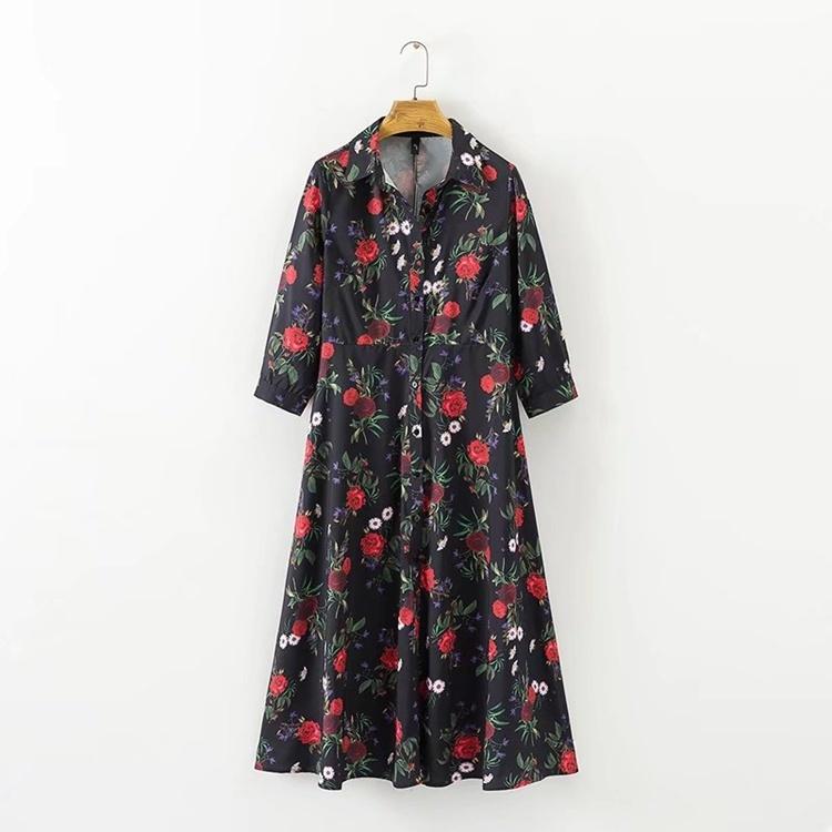 2017の秋冬冬服、欧米ファッション修身中に長いバラ印紙シャツ式ワンピース