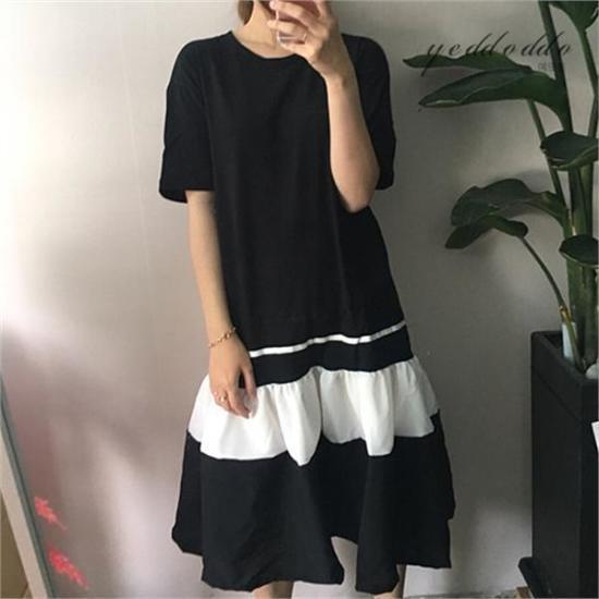 はいトト行き来するようにはいトトブルレクティワンピース プリントのワンピース/ 韓国ファッション