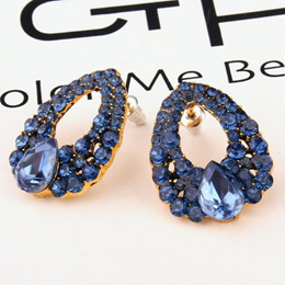 SPECIAL PRICE FOR QOO10! PAY 1 FOR 3 PAIRS EARRINGS FROM ZWEI-ID!