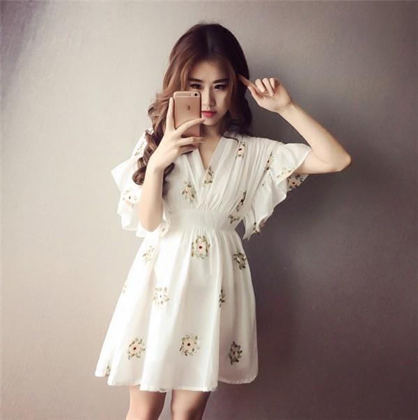 レディースワンピース 韓国無地 スリム 韓国のファッション 上品  学院?  Vネックシフォンワンピース プリントワンピース ハイウエスト  ハイセンス 着心地いい おしゃれ 夏 スリム セール★ レディースワンピース