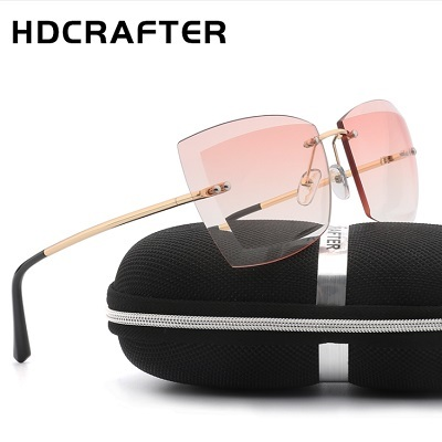 13ea4515690b7 Qoo10 - HDCrafter sunglasses   Fashion Accessories