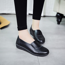 KFC all black Pack flat foot shoes with non-slip shoes MOM and comfortable with flat shoes black wor