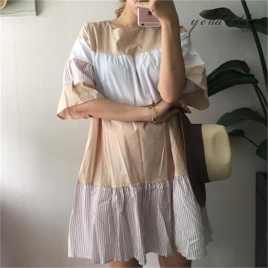 はいトト行き来するようにはいトトラブリーフリルのワンピース プリントのワンピース/ 韓国ファッション