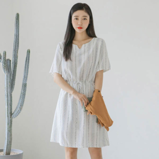 ジャストウォンフラワーくれるかワンピース 綿ワンピース/ 韓国ファッション