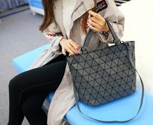 Geometric Tote Bag ❤ Trendy and Stylish ❤ Great for Work or School ❤ Instock in Singapore ❤