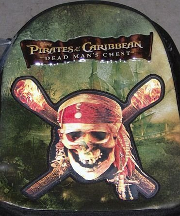 PIRATES OF THE CARIBBEAN 3D HOLOGRAPHIC SKULL BACKPACK DEAD MAN'S CHEST  NEW