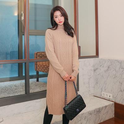 [SSophis] Twist Turtle Neck Sweater Dress / 韓国のファッションショップ/ポーラ/プレッツェルのロングドレス/ブラウス/カート/パンツ/カーディガン/ジャケッ