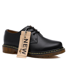 �Ready Stock! Men New England Dr.Martens Martin Shoes Real Leather Tooling Shoes