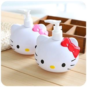 Hello Kitty 450ml Squeeze Bottle Lotion Bottle Shower Gel Container  Portable Soap Dispenser Soap Liquid Sanitizer Dispenser Kitchen Bathroom