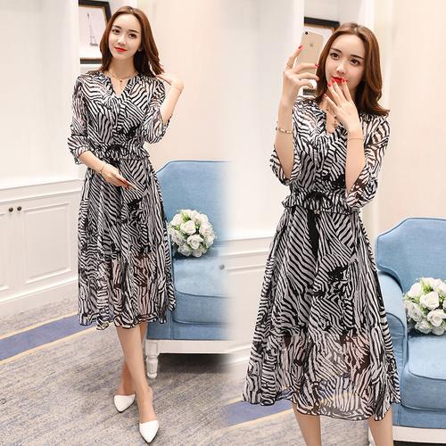 緩い袖ストライプシフォンドレスの韓国のファッションの女性の春と夏の長いセクション韓国ファッション/ワンピース/花柄ワンピース/Vネックワンピース