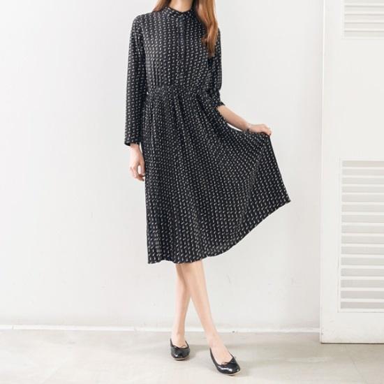 ピピンビリーブチャイナネクパターン・プリーツロングワンピース34857 プリントのワンピース/ 韓国ファッション